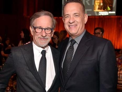 La serie sequel di Band of Brothers arriva su Apple, Tom Hanks e Steven Spielberg producono Masters of the Air