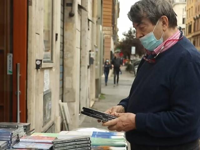 """""""Un cinema chiuso è la sconfitta di tutti"""": la storia dell'Azzurro Scipioni di Roma"""
