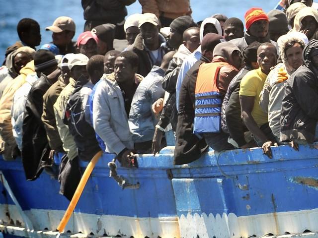 Non si fermano i mini sbarchi: oltre 160 arrivano sui barchini