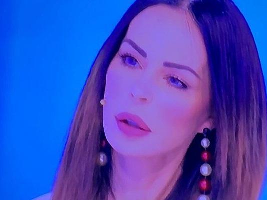 Scomparsa di Luigi Mario Favoloso, Nina Moric a Domenica Live: 'È premeditata, ha aggredito me e mio figlio'