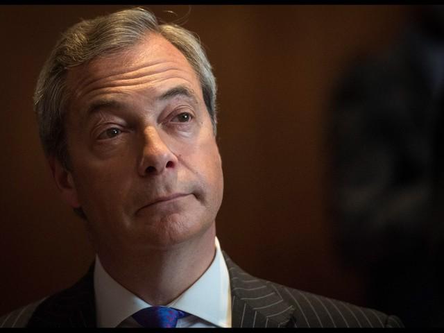 Brexit, Farage a sorpresa: il suo partito è primo nei sondaggi