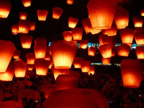 Commessaggio, con Avis gli auguri di Natale arrivano dalle lanterne luminose