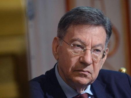 Cesare Mirabelli, piano antifumo: «Dubbi su queste proibizioni, ardito inserirle nel regolamento aria-clima»