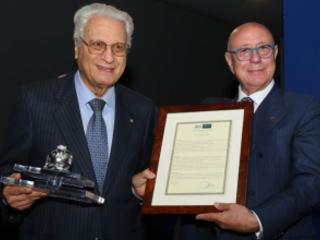 La Bcc Mediocrati conferma il presidente Paldino Assegnato anche il premio Melagrana d'Argento 2018