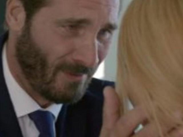 Un posto al sole, spoiler dal 16 al 20 dicembre: Angela spinge Clara a denunciare Alberto