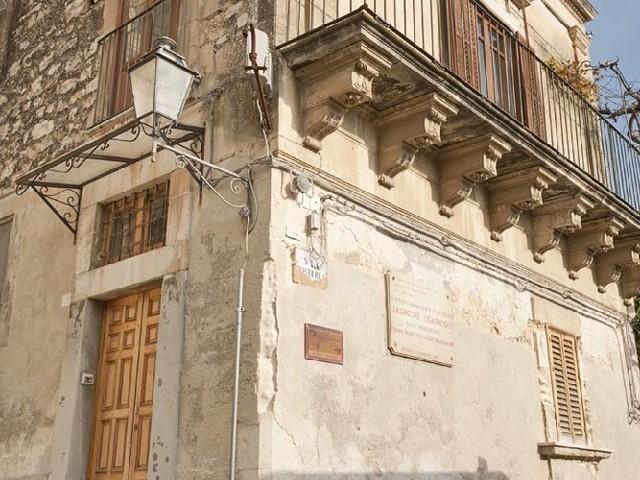 La Regione acquisterà per milione di euro la casa natale di Quasimodo a Modica
