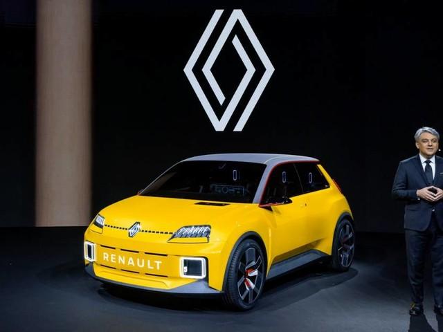 """Renault - De Meo: """"Con l'elettrico auto molto più care nei prossimi anni"""""""