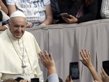 Un'immigrazione senza muri: ecco il piano di papa Francesco