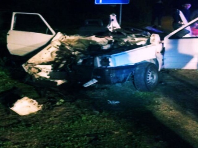 Sardegna, auto sventrata dal guard rail: 3 giovani in gravissime condizioni