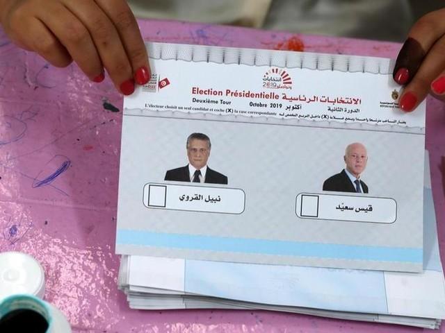 La Tunisia sceglie un presidente conservatore: vince Saied