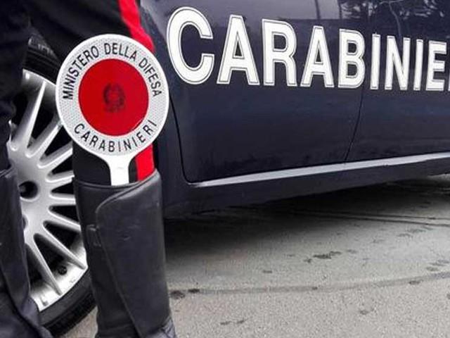 Rapina a Sezze, ladro mascherato minaccia la cassiera e scappa con i soldi