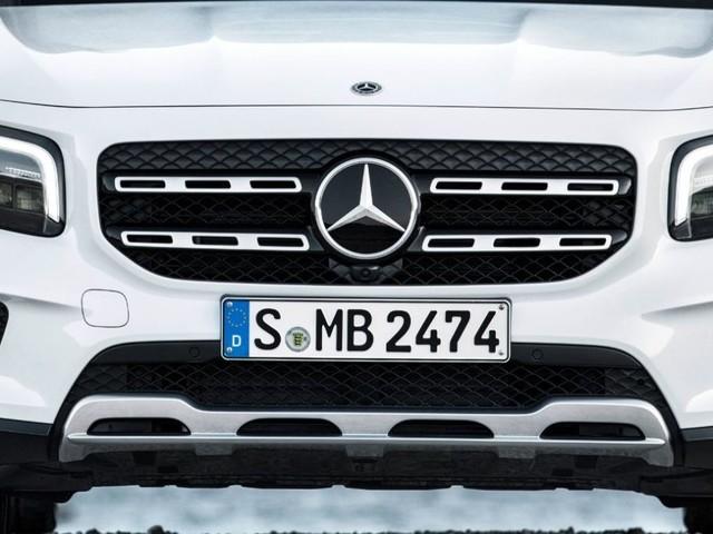 Mercedes GLB, presentato il nuovo suv compatto con anima offroad