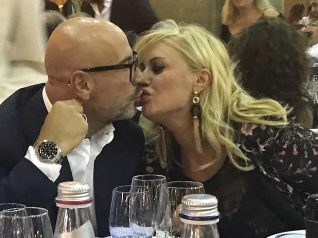 Tina Cipollari e il mega regalo per la festa del suo amore Vincenzo Ferrara [FOTO]