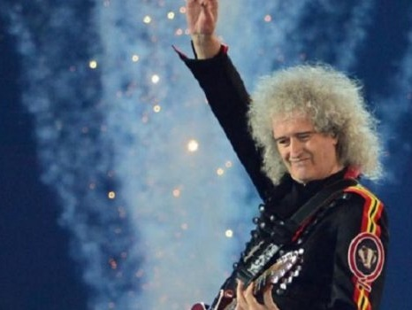 Il video ufficiale del singolo New Horizons di Brian May, tributo alla missione della NASA