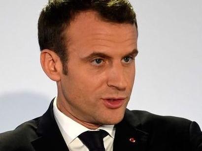 "Ue, Macron: ""Congratulazioni a Ursula von der Leyen, saremo al suo fianco"""
