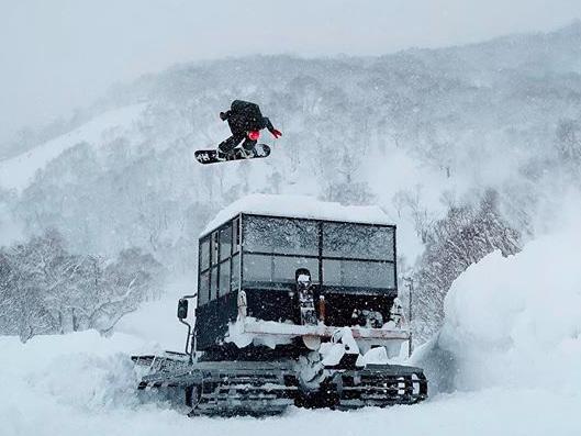Transistors Episode 2: in Giappone con gli snowboarder DC [Video]