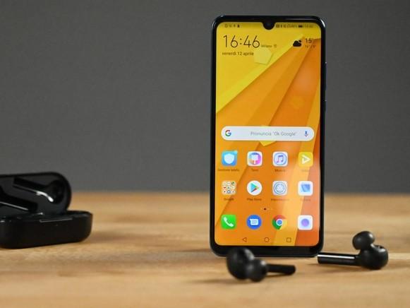 Huawei è sulla buona strada per spedire 270 milioni di smartphone nel 2019