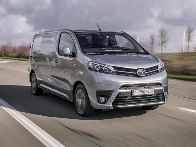 Toyota Proace, il commerciale diventa elettrico