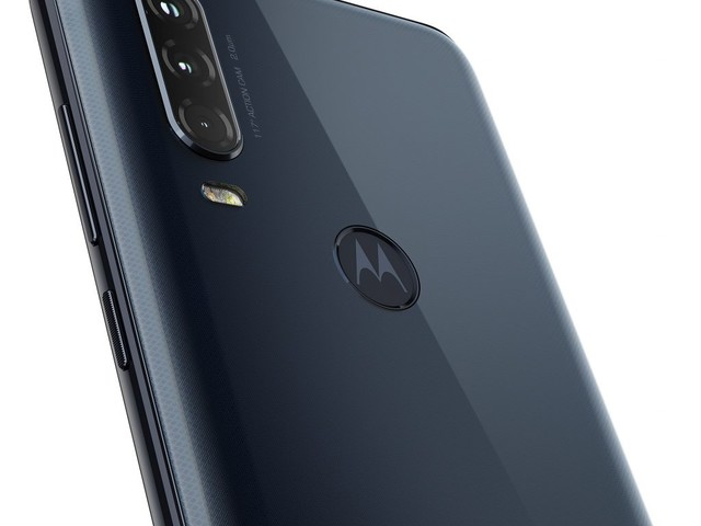 Motorola One Action disponibile in Italia con una action cam a 289 euro [video]