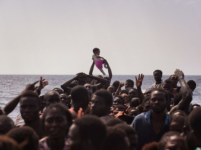 Human Rights Watch: «Il nuovo governo italiano dovrebbe abrogare le sue orribili politiche migratorie»