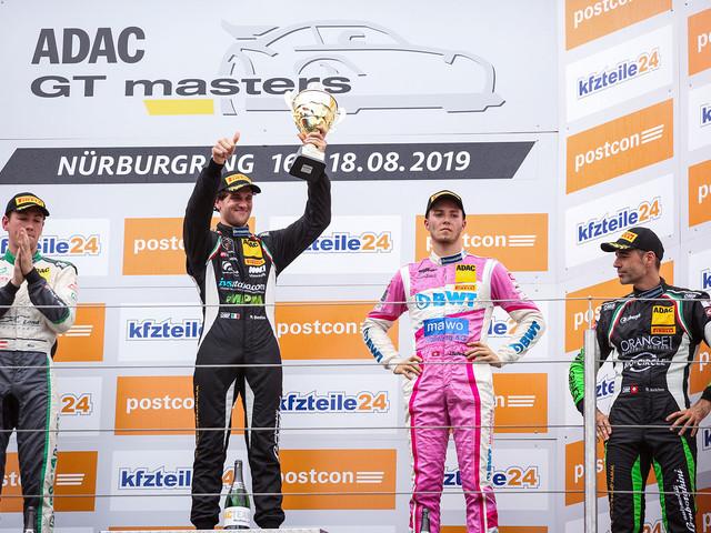 Ancora una vittoria per Michele Beretta nell'Adac Gt Master