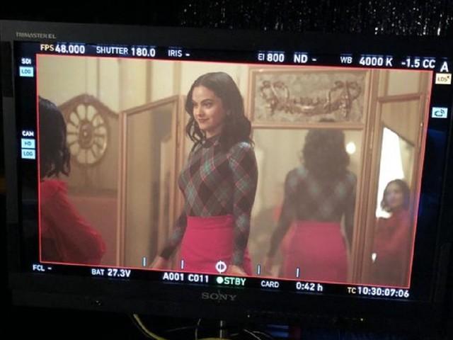 Lucy Hale in Riverdale per il crossover con Katy Keene: primi dettagli sull'evento