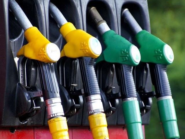 Carburanti, cambiano nomi da oggi/ Benzina, gpl, metano e diesel: i prezzi invariati, li riconosci da...