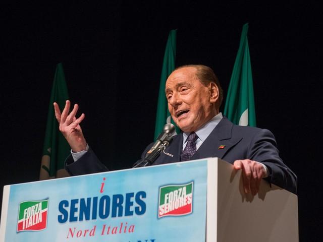 """Berlusconi va in piazza """"Il centrodestra è unito"""""""