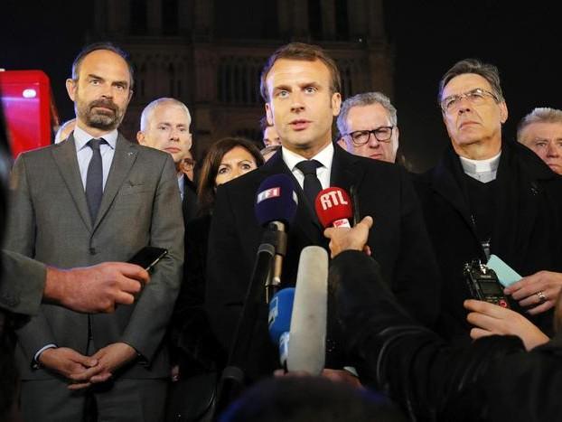 Macron, rifaremo Notre-Dame in 5 anni