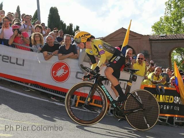 Giro d'Italia 2020, attesa per il confronto del percorso con il Tour de France. Saranno tanti i chilometri a cronometro?