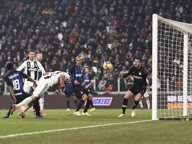 La Juventus affonda il campionato: Inter ko 1-0 con Mandzukic
