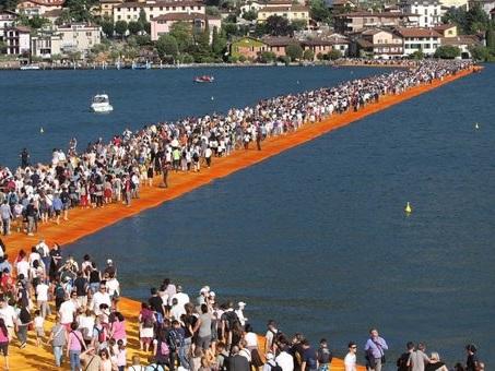 ?Christo - Walking On Water?, il film sulle passerelle del Lago d'Iseo al cinema dal 16 al 19 giugno