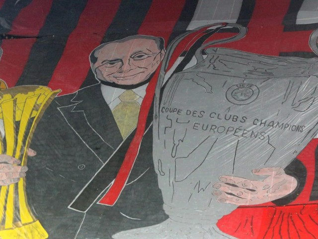 Tifo e vetrina politica: i 31 anni del Milan di Berlusconi in 15 tappe