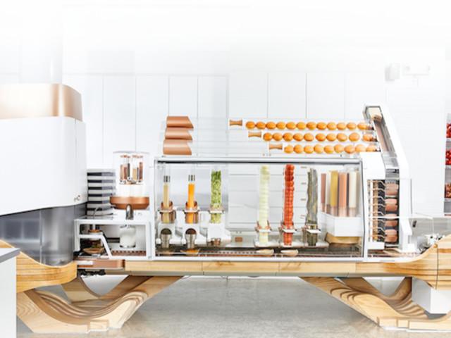 Apre a San Francisco il ristorante-robot che prepara hamburger all'istante