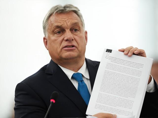"""Ungheria: pieni poteri a Orbán. L'opposizione: è un golpe. L'UE: """"Valuteremo"""""""