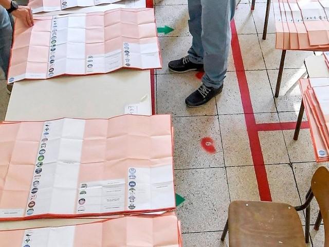 Regionali Puglia, indagine a Foggia per voti a un candidato pagati fra 30 e 50 euro. Una foto della scheda per riscuotere i soldi