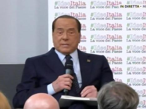 """Forza Italia, Berlusconi: """"Il 19 ottobre anche io in piazza contro il governo"""""""