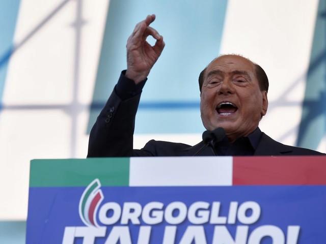 Manifestazione del centro-destra a Roma, il ritorno in piazza Silvio Berlusconi