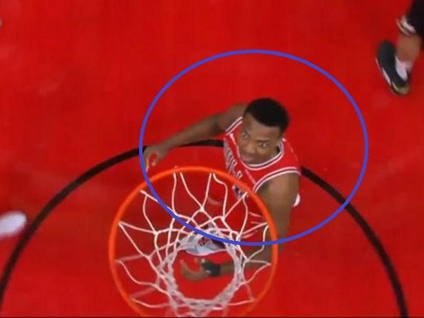 NBA, Shaqtin' a Fool: Westbrook, ma cosa fai? E i liberi di Giannis... VIDEO