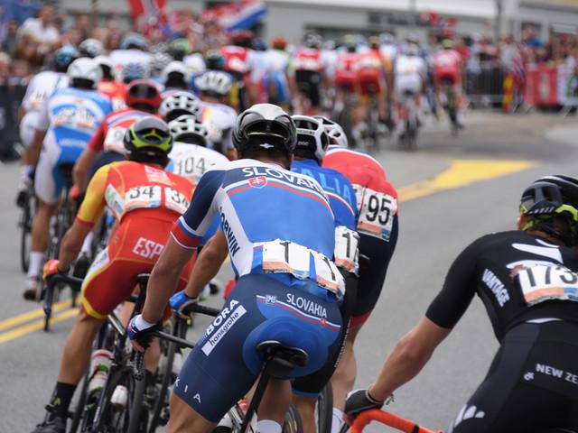 Ciclismo, i Mondiali 2024 si svolgeranno a Zurigo. Probabile arrivo a Sechseläutenplatz