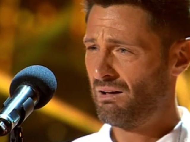 """""""Perché piangeva per me"""". Filippo Bisciglia in lacrime ad Amici Celebrities. Ora parla la madre e svela il suo dramma"""