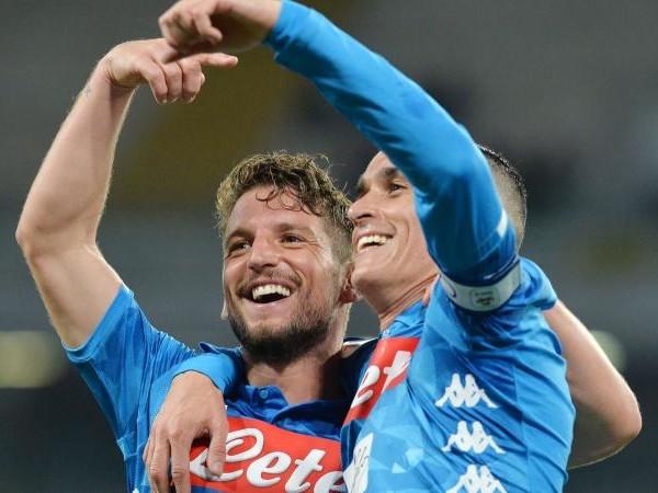 Napoli, ADL ha deciso: Mertens e Callejon via a gennaio