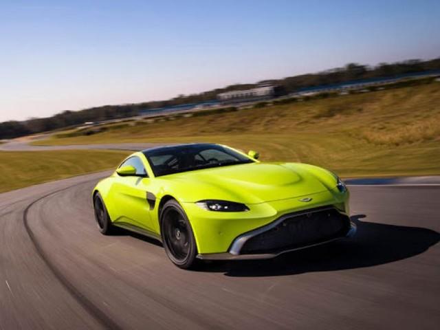 Aston Martin: Investindustrial abbandona la nave
