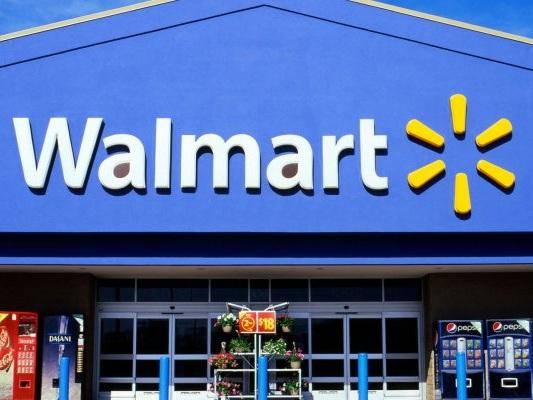 Videogiochi violenti, Walmart smette di pubblicizzarli ma continua a vendere armi - Notizia