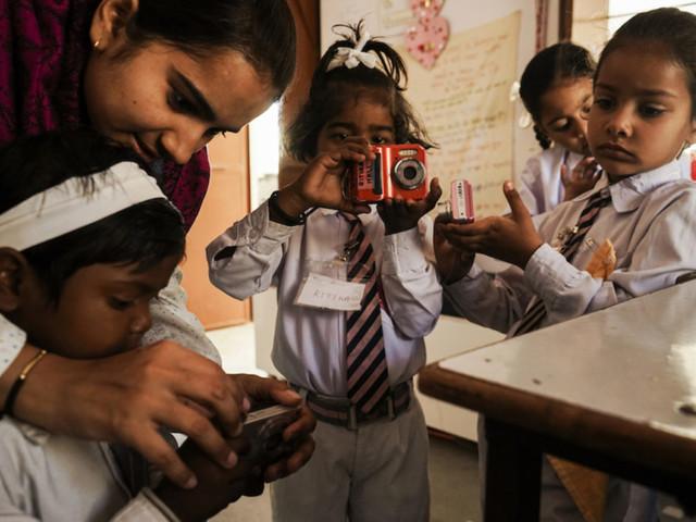 India, la vita raccontata con gli occhi delle bambine