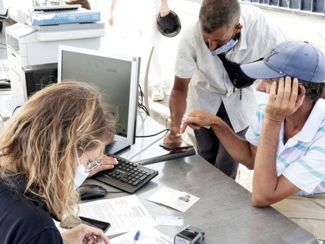 Covid, arriva la certificazione di esenzione dal vaccino per chi ha patologie conclamate