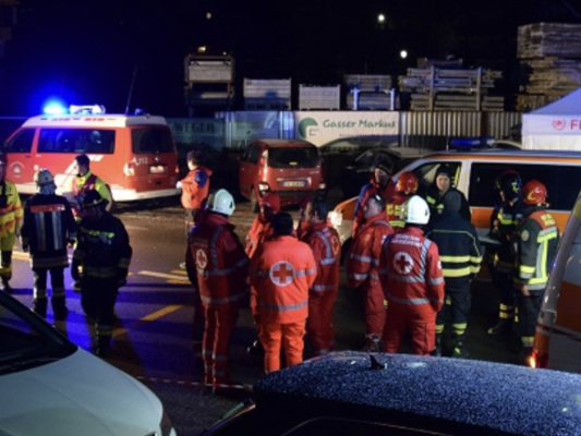 Salgono a 7 i turisti morti nella strage stradale in Alto Adige