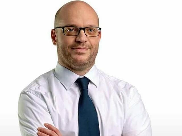 Lorenzo Fontana sarà il nuovo ministro per gli Affari Ue, oggi il giuramento