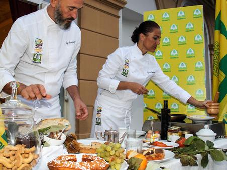 C'è il Black Friday anche della tavola: a 5 euro i piatti gourmet che allungano la vita