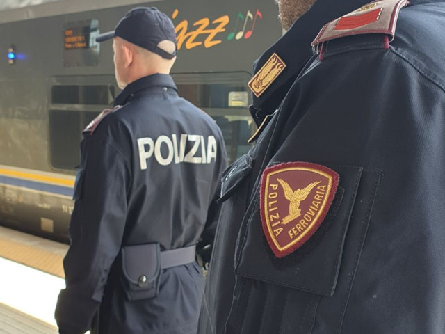 San Benedetto: Colto da malore su un autobus aggredisce gli agenti, arrestato un ragazzo